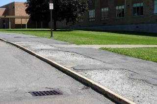 DOT sidewalk violation Manhattan